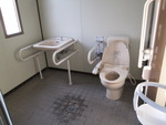 内宿駅前公衆トイレ