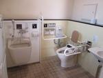越生駅前公衆トイレ