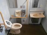 荒川区立三河島第二児童遊園内トイレ*