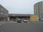 セブン⁻イレブン札幌厚別中央5条店。