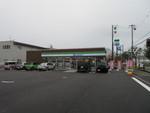 ファミリーマート札幌インター店。