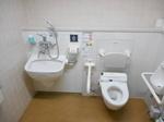 青森県観光物産館アスパム 1F一般多目的トイレ