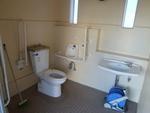初音公園公衆トイレ