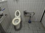 広島城 観光バス駐車場 公衆トイレ*