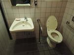 稲荷橋付近 多機能トイレ
