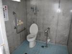 奥武島海岸側公衆トイレ