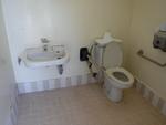 名護市民会館側公衆トイレ