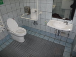 県庁前駅側公衆トイレ「パレット市民トイレ」*