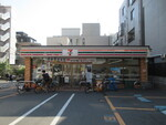 セブン-イレブン原宿外苑店
