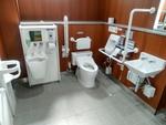 小倉駅3階公共トイレ(改修後)*