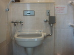 JR川内駅・自由通路の公衆トイレ(西口1F) - 写真:2