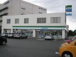 ファミリーマート香椎パークポート店