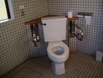 女満別湖畔の多目的トイレ