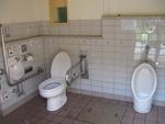 京都市亀山公園下公衆トイレ